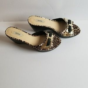 Guess Wedge Slipping. Leopard print 9M